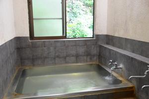 温泉(浴室)